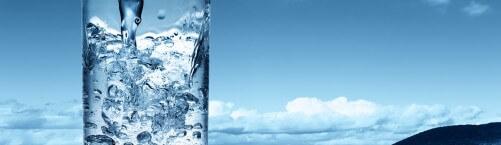 Cik un kādu ūdeni jādzer